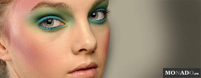 Правильный макияж с зелеными тенями